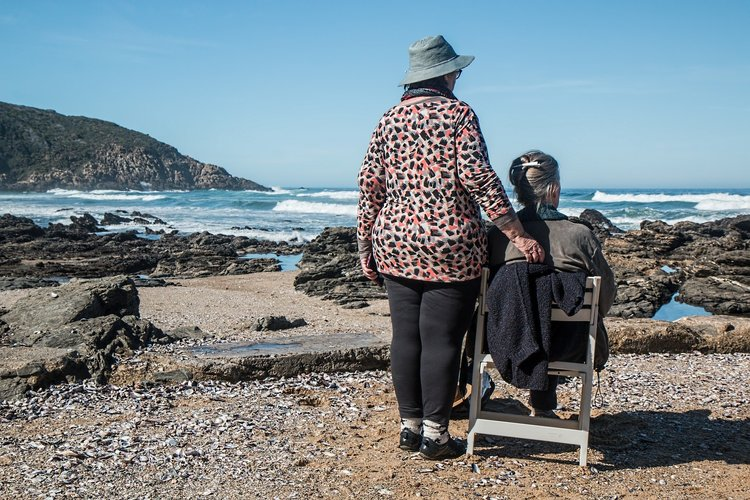 7 Tips for Traveling with an Elderly Parent